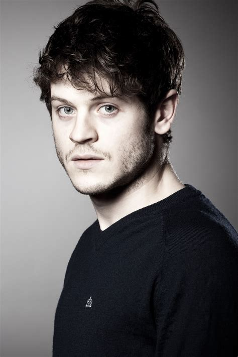 Iwan Rheon 75+ Handsome Photos And Cool HD Wallpapers