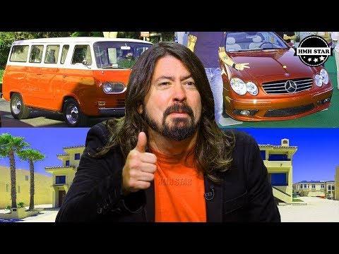 Dave Grohl Photos Photos - Dave Grohl And Family At The