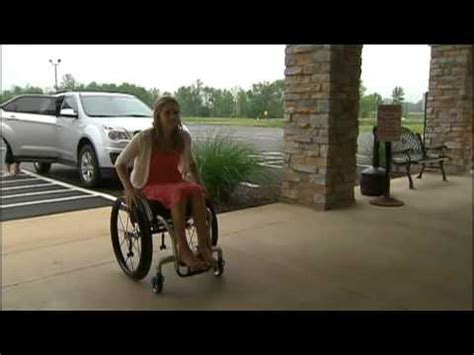 Paralyzed Woman Pushes To Walk In Her Wedding - YouTube