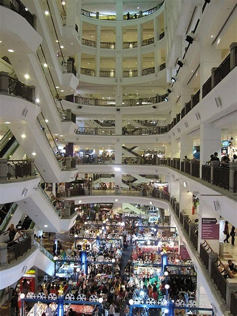 Take a look at the 10 largest shopping malls in the world