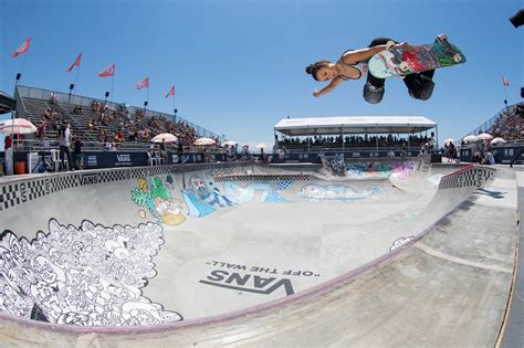 2018 VANS US OPEN OF SURFING PRESENTED BY SWATCH RETURNS